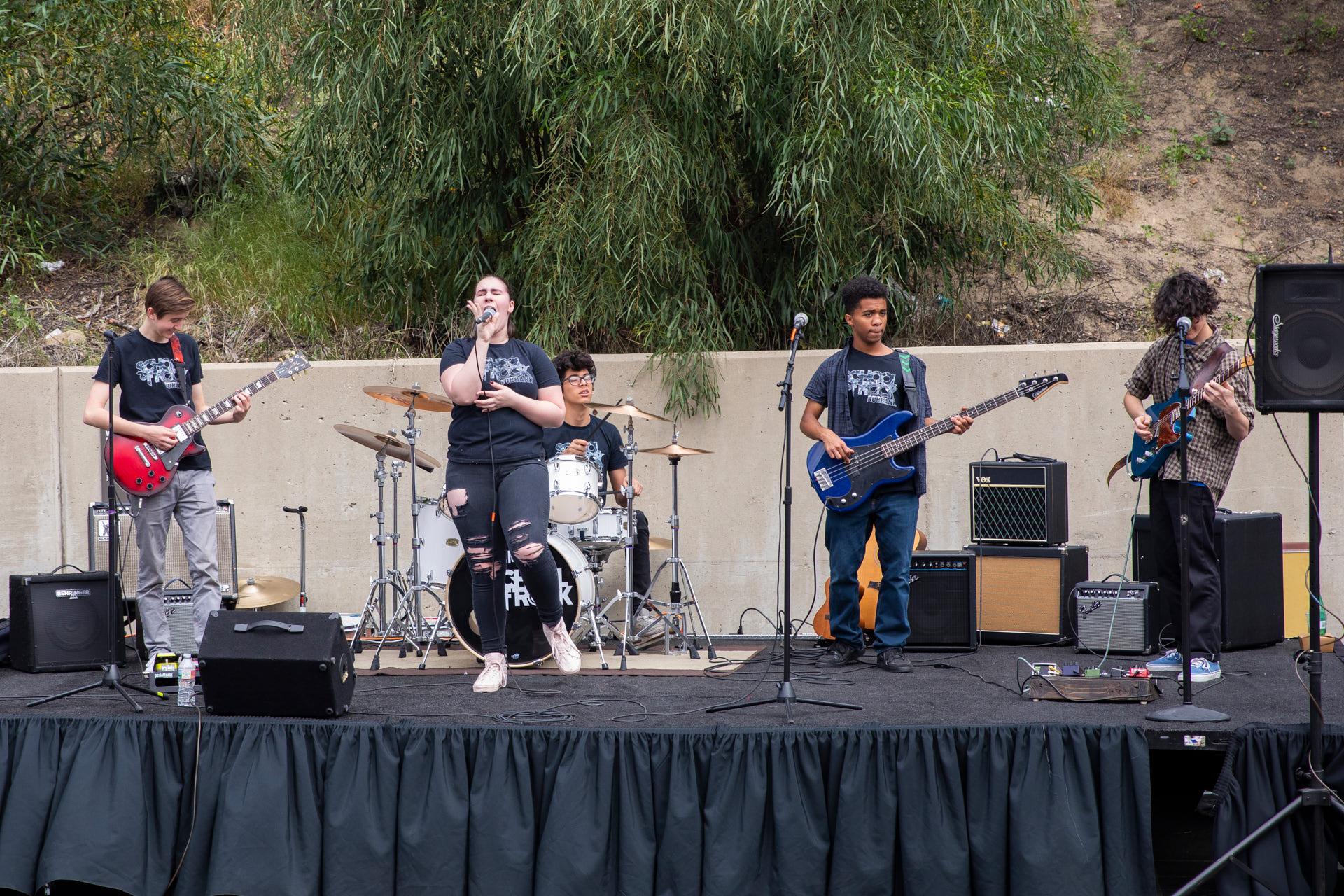 school-of-rock-teaches-the-universal-language-of-music-2