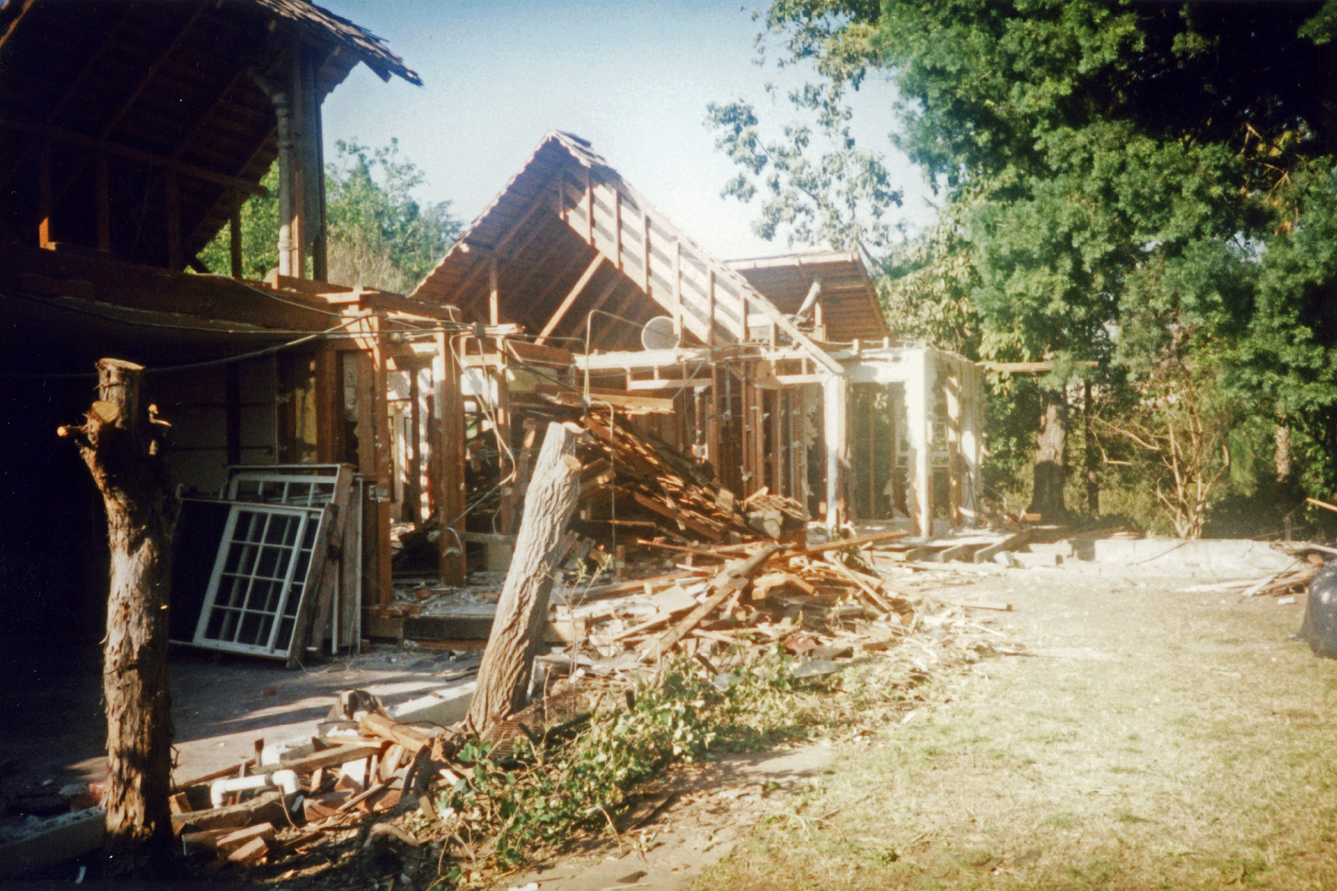 living-life-on-the-lake-6-construction-wexler-home