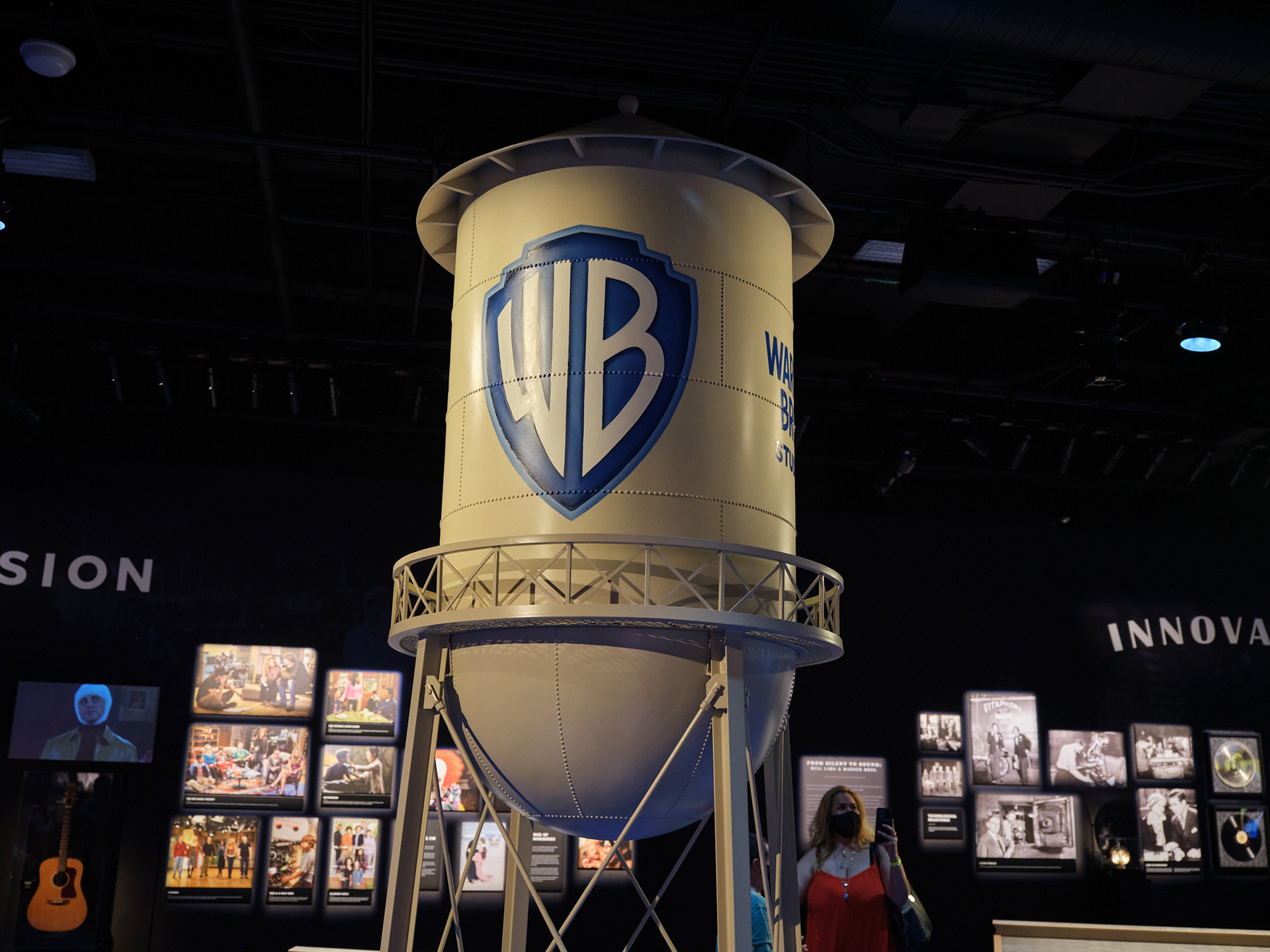 a-local-tour-through-entertainment-history-1-warner-bros-wb-water-tower