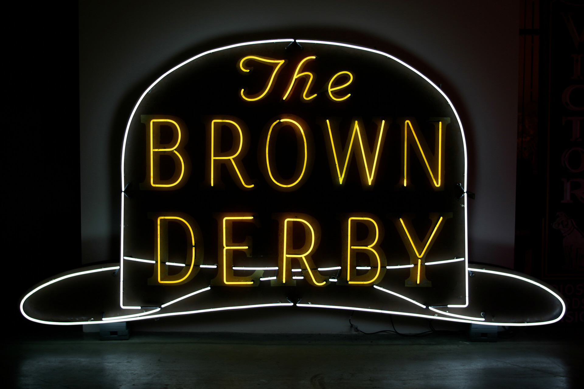 history-close-to-home-8-mona-museum-of-neon-art-brown-derby-sign-from-hollywood-and-vine-1930s